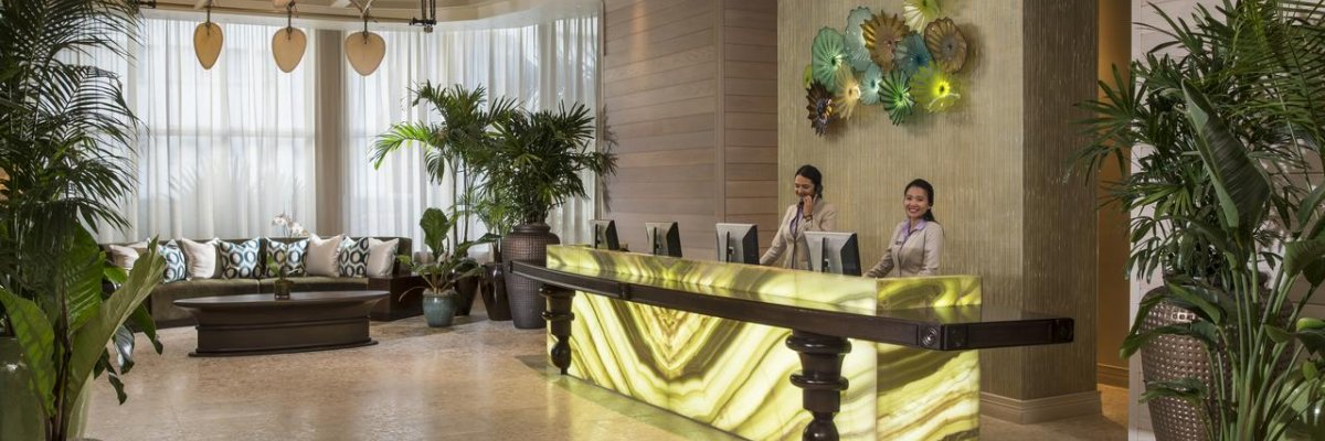 The Palms Hotel & Spa****+