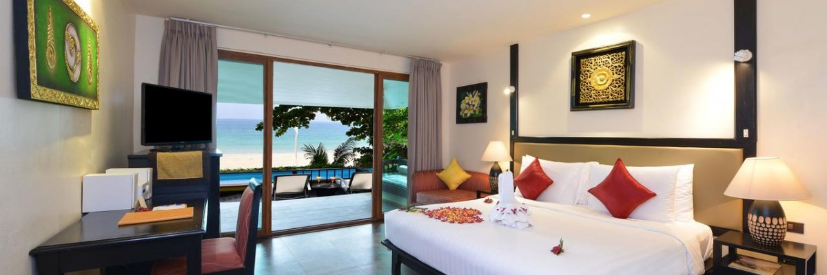 Andaman White Beach Resort****