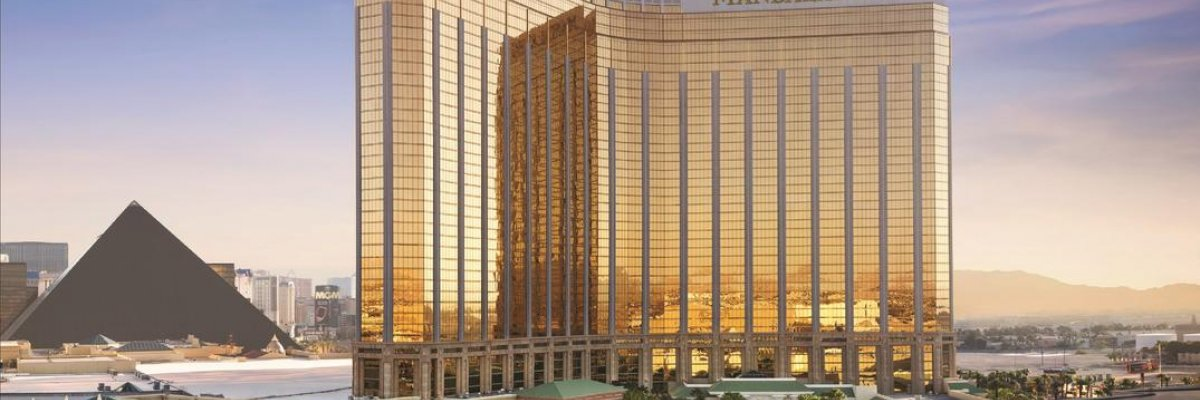 Mandalay Bay Resort & Casino*****