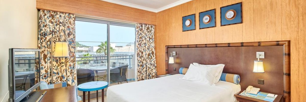 Grande Real Santa Eulalia Resort & Hotel Spa****+