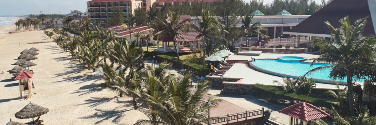 Centara Sandy Beach Resort Danang****