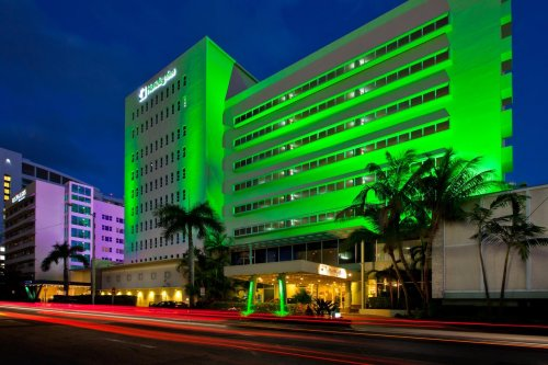 Holiday Inn Miami Beach - Oceanfront***