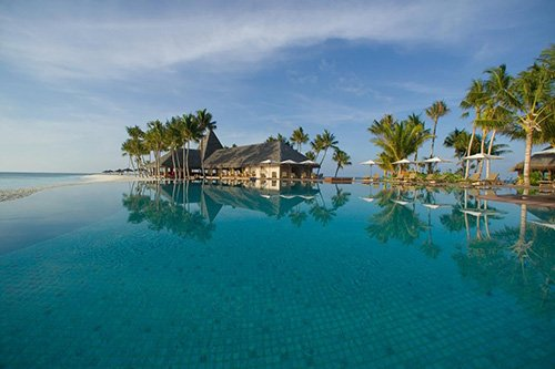 Veligandu Island Resort & Spa****